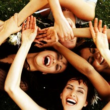 7 Cool Things Girlfriends Do
